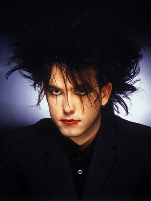 The-Cure-Robert-Smith_l